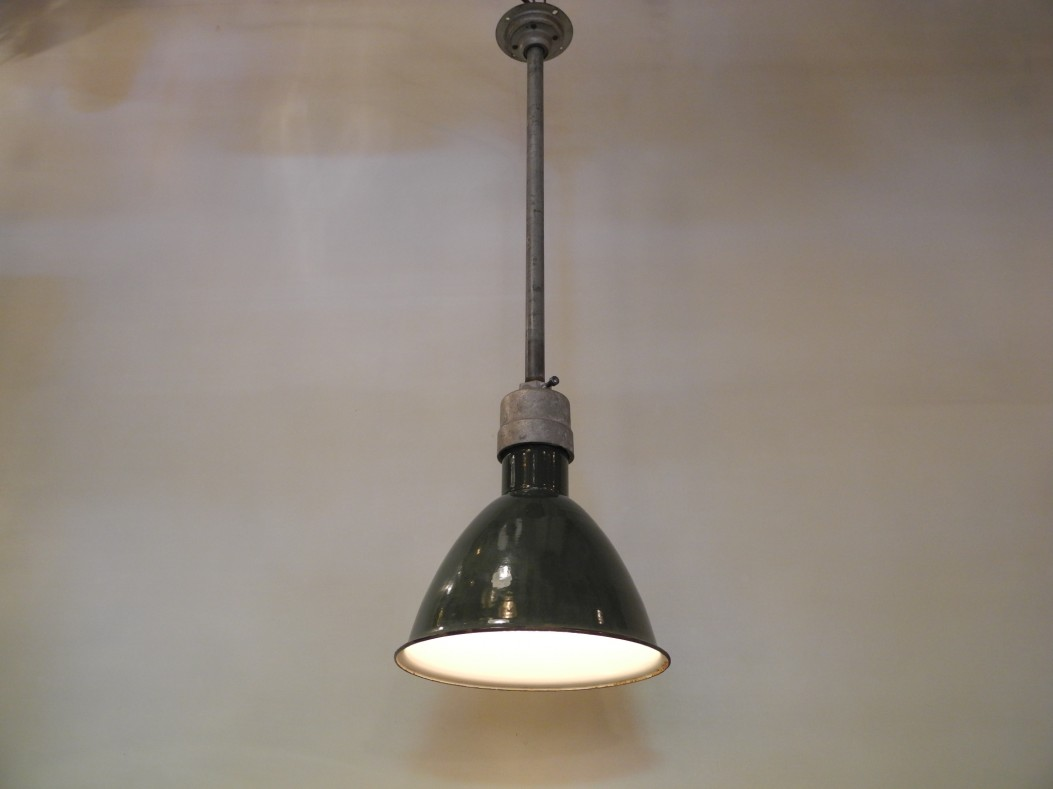 Lampe industrielle L'Allumeur luminaire suspension N.I.-66